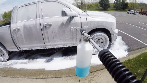 how to use foam cannon
